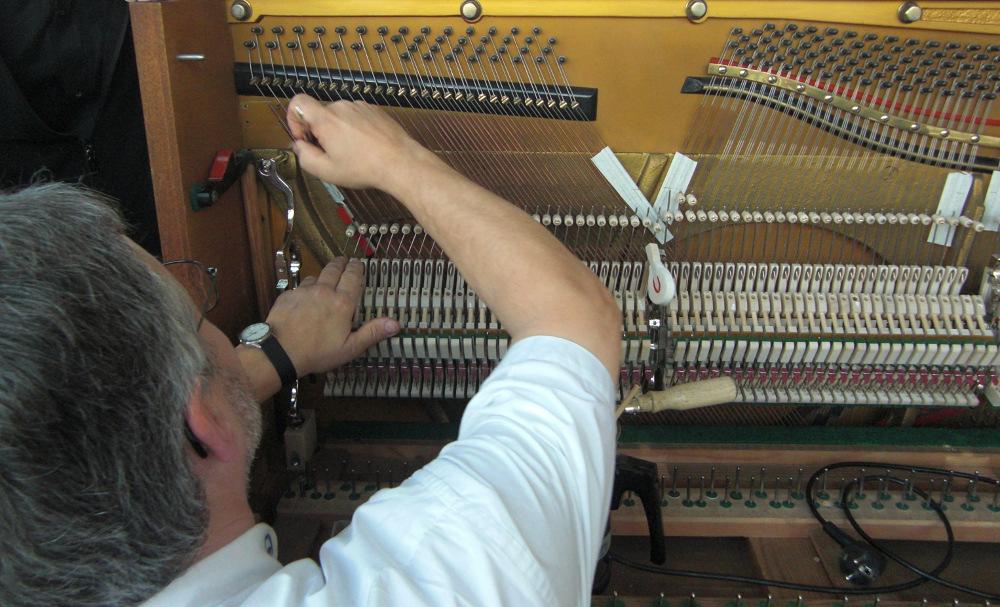 Pianomechanik Neueinbau